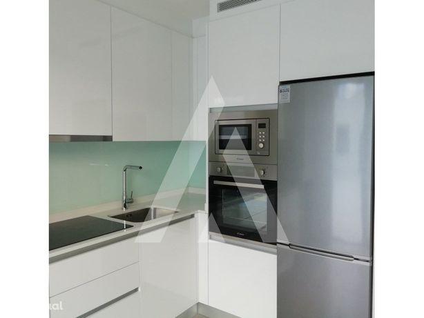Apartamento Novo T0 + Stúdio com terraço de 36m2