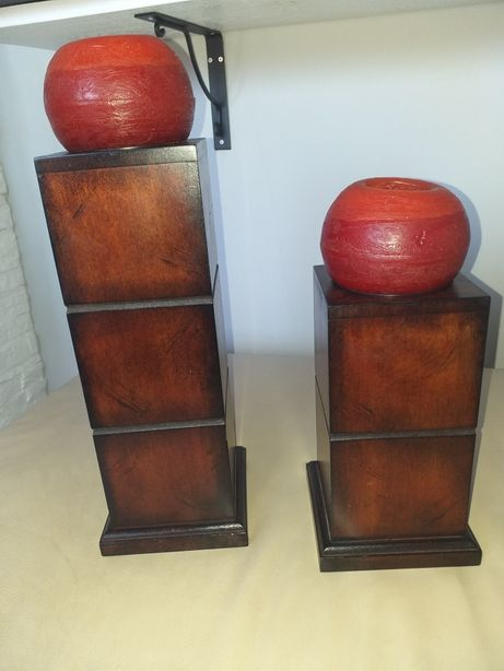Dwa świeczniki drewniane