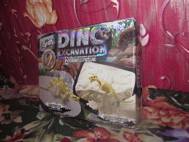 Набор для проведения раскопок динозавров, жуков Dino Paleontology