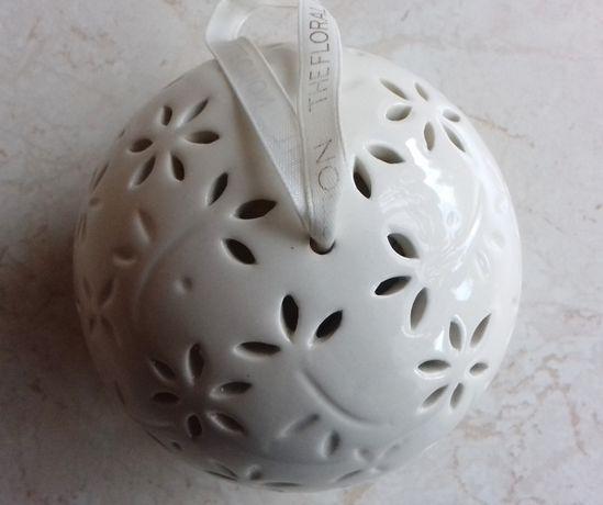 Porcelanowa kula zapachowa, bombka