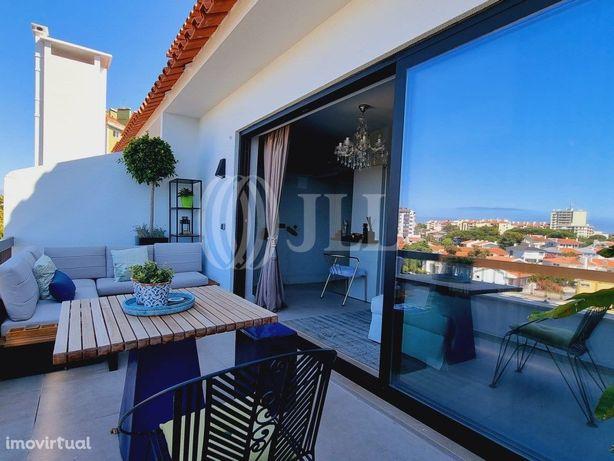 Apartamento T2 Duplex com 3 varandas e garagem, no Bairro...