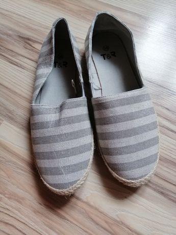 Nowe espadryle buty