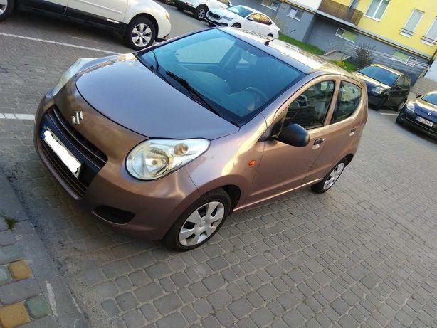 Автомобіль Suzuki Alto