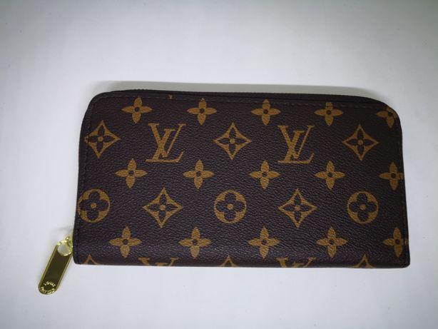 Louis Vuitton LV Portfel Nowy Logowany Cały