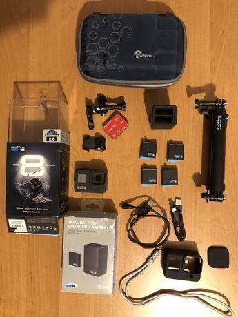 GoPro hero 8 black z oryginalnymi akcesoriami, duży zestaw