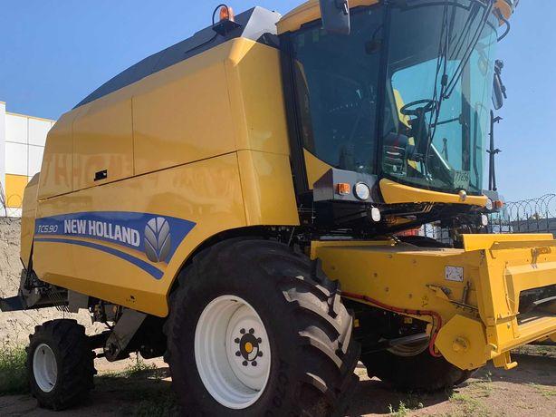 Комбайн NEW HOLLAND TC5.90 в комплекті з жаткою зерновою 7B25FS