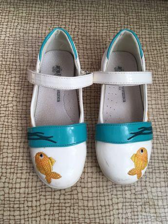 Туфли для девочки, нарядные 28р