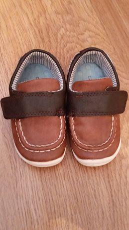 Продам туфельки картес