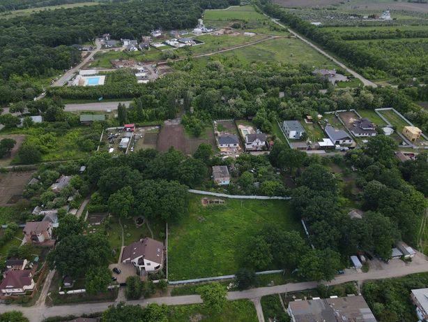 Продам земельный участок в поселке Лесное (возле Русской Лозовой)