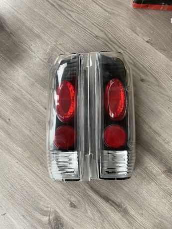 Lampy tył Ford Bronco F150