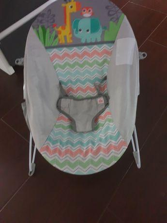 Leżaczek niemowlęcy