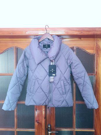 Новая демисезонная куртка серого цвета