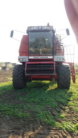 Комбайн зерноуборочный Massey Ferguson 40