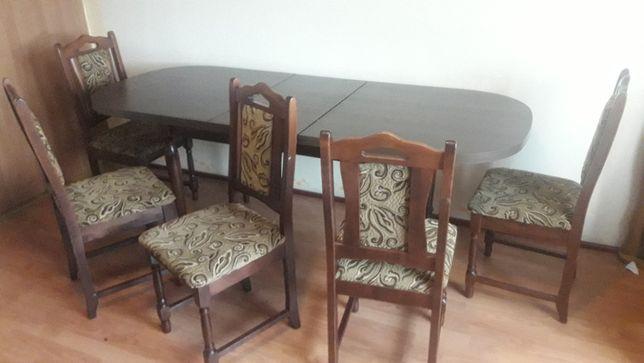 Sprzedam lub zamienię komplet krzeseł 6 lub 10 i duży stół