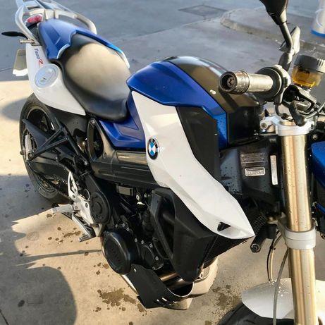 BMW 8OO R sport 2015