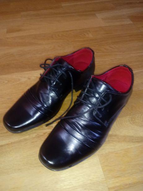 Wyjściowe buty rozm. 39