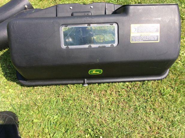 Kosze na trawe kosiarki traktorka John Deere 42 cale
