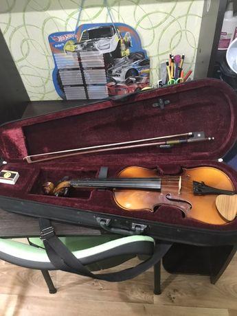 Продам скрипку фирмы Macston 1/2 смычок и футляр