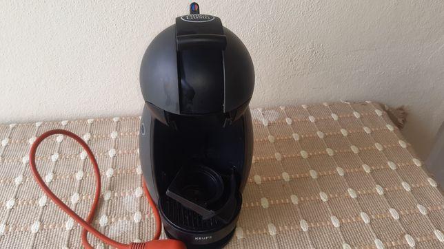 Máquina de cafe Dolce Gusto