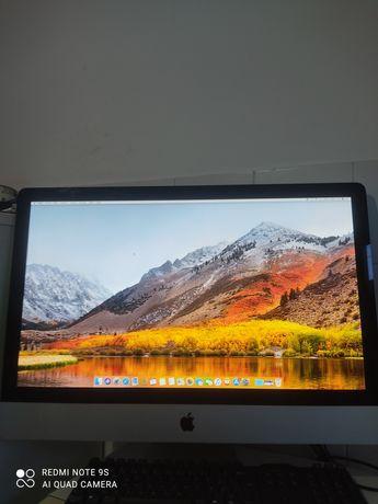 iMac em bom estado de conservação