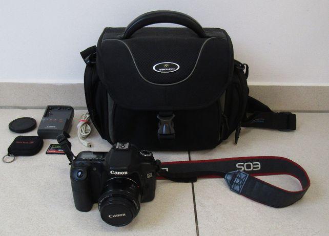 Canon EOS 40D z obiektywem EF 50MM