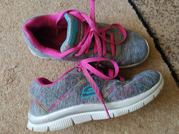 Кросівки кроссовки кеди Skechers