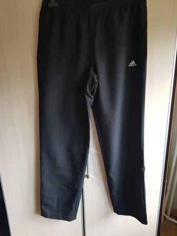 Spodnie sportowe Adidas Nowe