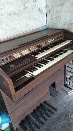 Sprzedam Elektryczne Pianio Firmy UNIVERSUM (Typ SWING)