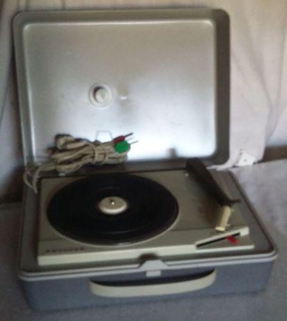 Gira discos Philips para ligar a rádio antigo