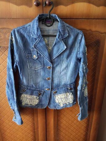 Джинсовый пиджак размер 46-48