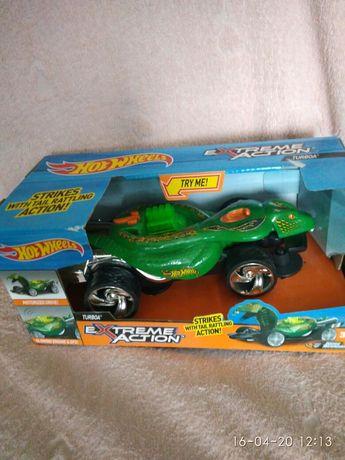 Машинка Hot Wheels со светом и звуком – Змея.