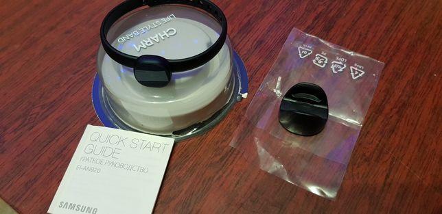 Фитнес браслет Samsung Charm Black (EI-AN920)