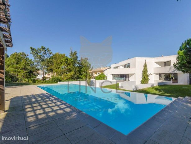 Moradia T3 em pequeno Condomínio com piscina em Soltróia
