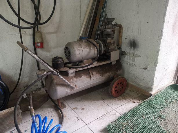 Sprężarka powietrza na siłę