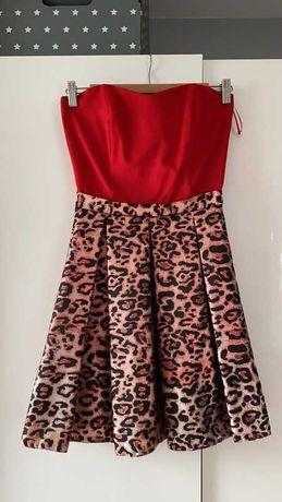 Sukienka czerwień z panterką