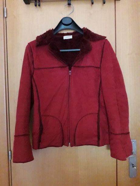 Casaco/ blusão curto vermelho
