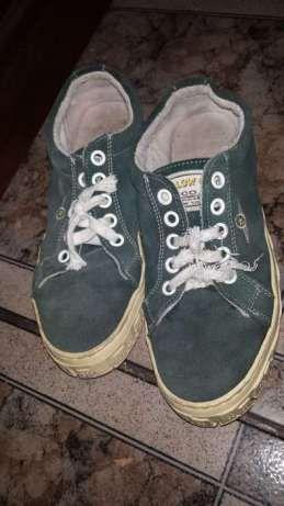 Buty męskie zielonego