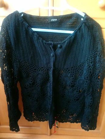Sweterek czarny narzutka