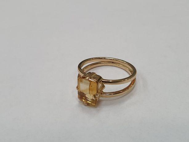 Cytryn! Piękny złoty pierścionek damski/ 585/ 4.2 gram/ R17/ Gdynia