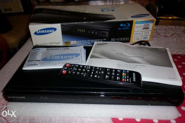 Odtwarzacz Blu-Ray Samsung BD-E5300, DIVX, Smart TV Internet USB