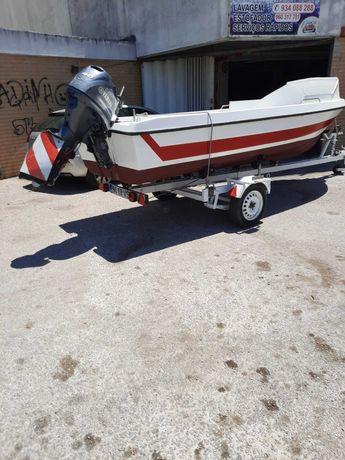 Barco Vega 490 pescador c/ Yhamaha 40 hp ( injeção )