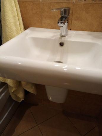 Sprzedam umywalkę łazienkową