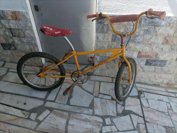 Bicicleta bmx antiga
