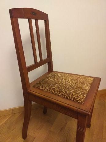 Designerskie krzesło drewniane. Motyw lamparta.