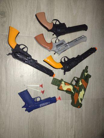 Pistolety-zabawki