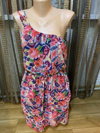 Шикарное платье от Bershka