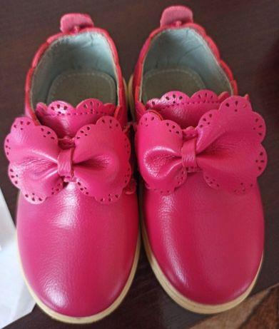 Туфлі черевички для дівчинки