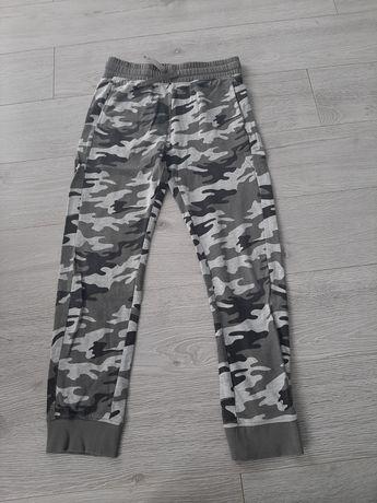 spodnie dla chłopca 140-146