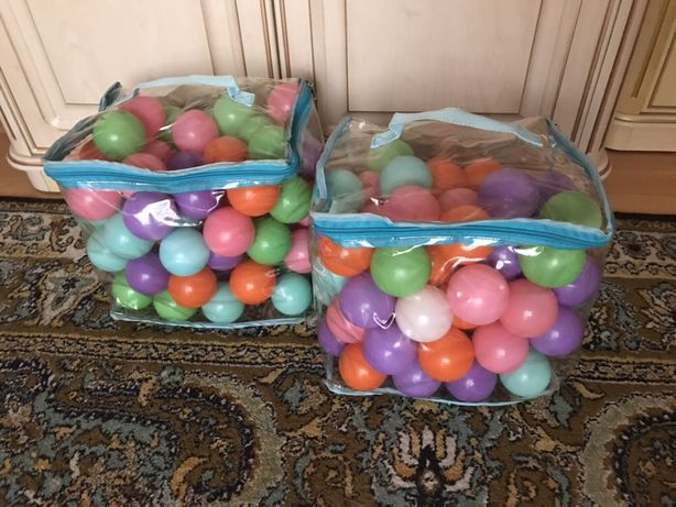 Пластикові кульки / Пластмассовые шарики
