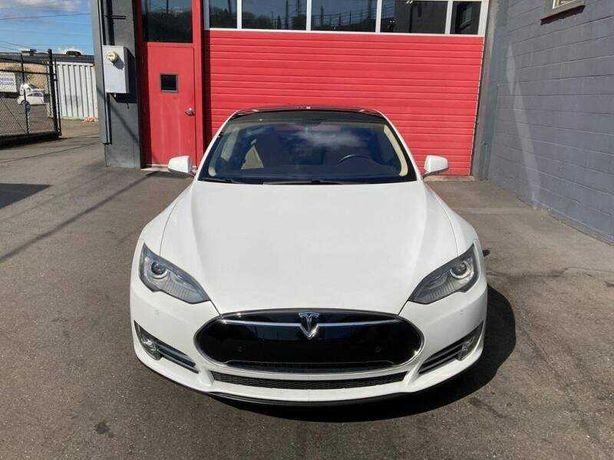 Tesla Model S 75 2014